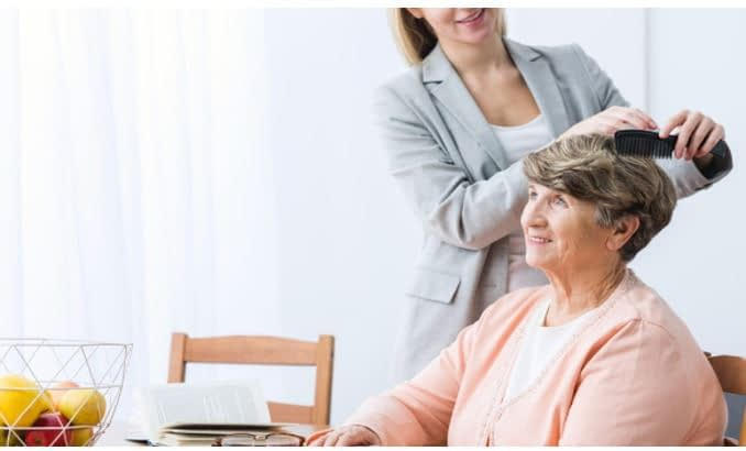 Top 4 simple Hygiene Routine for seniors - VIPrivate Care